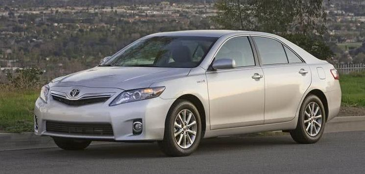 Toyota Camry 2010 model: Price, XLE & SE variants, Specs, Problems & More
