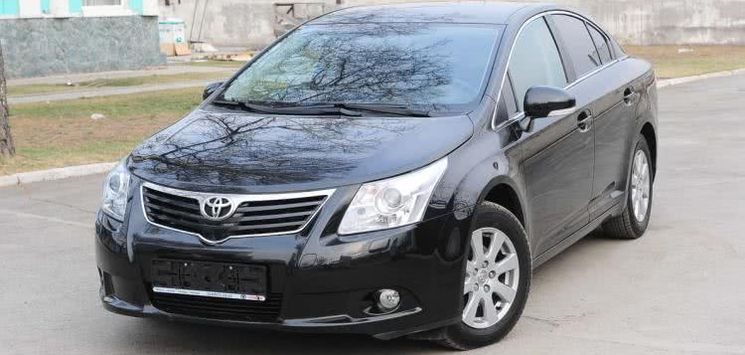 Toyota Avensis 2010 Review: Price in Nigeria, Verso version, Specs & More