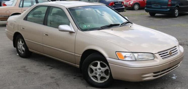 Toyota Camry Pencil Light (Camry 1999) review & prices in Nigeria